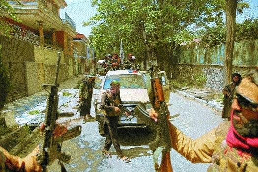 Afghans protest Taliban_1