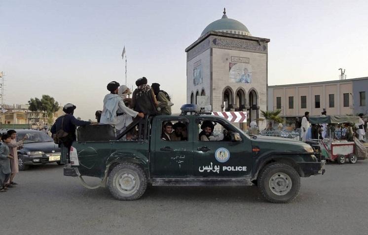 Taliban seize US_1&