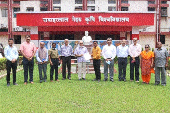 Dr Pradeep Kumar Bisen _