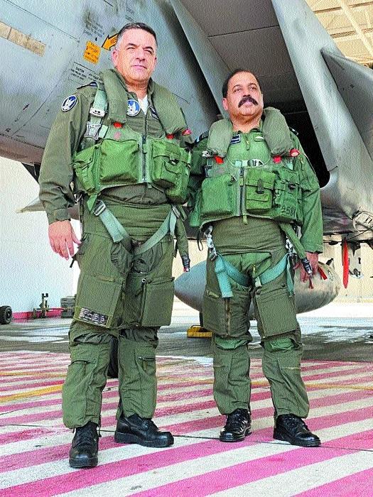 IAF Chief Bhadauria flies