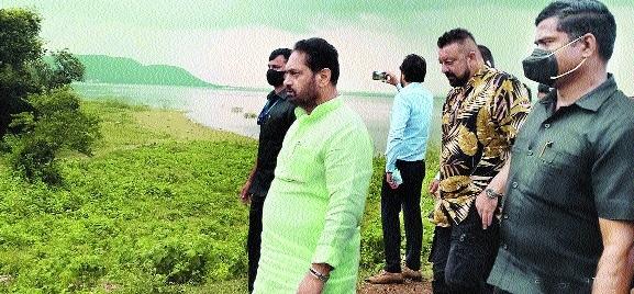 Sanjay Dutt visits city, Ramtek to explore for setting up Film City